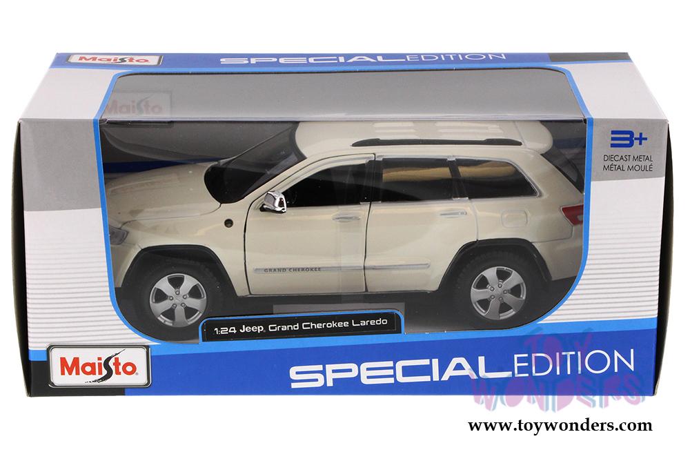 Jeep Grand Cherokee Laredo Suv 31205w 1 24 Scale Maisto Wholesale Diecast Model Car
