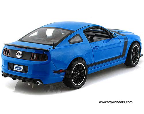 2013 Ford Mustang Boss 302 Hard Top Sc450bu 1 18 Scale